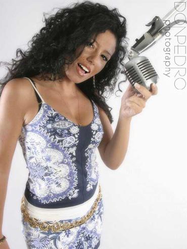 2009 Latin Billboard Artist - Sabricia